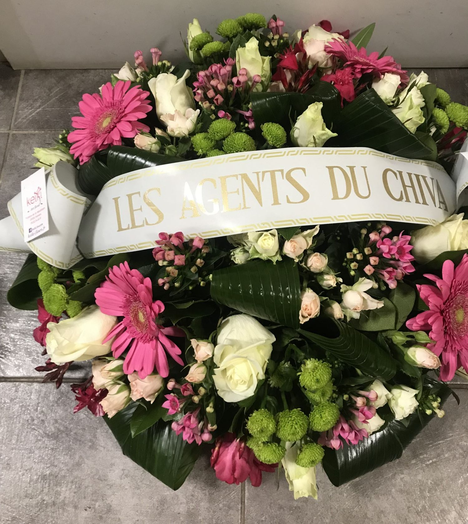 deuil-coussin-gerbera-roses-et-roses-blanches